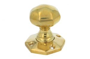 Door knob polished brass