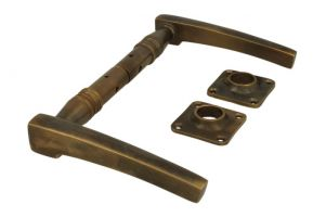 Door handles antique brass pair (1895)