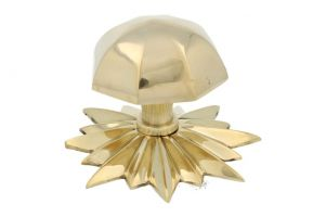 Door knob with star rosette polished brass